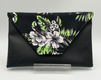 Tropical Hibiscus Clutch