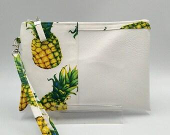 Clutches purses pouches