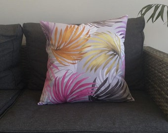 Palm leaves cushion cover