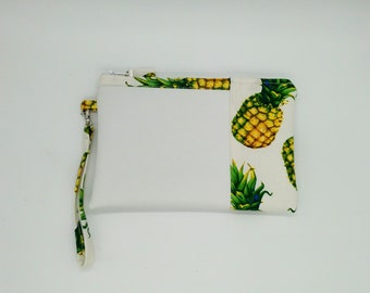 Pineapple clutch/pouch with wristlet