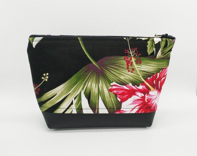 Tropical makeup bag, Tropical bag, Tropical toiletry bag, Hawaiian bag, Tropical travel bag, Hibiscus bag, Makeup bag, Tahitian bag