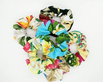 Hawaiian Scrunchie, Tahitian Scrunchie, Tropical scrunchie, tropical hair tie.