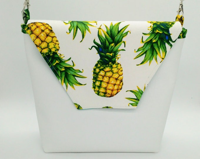Pineapple handbag, Pineapple purse, Pineapple bag.