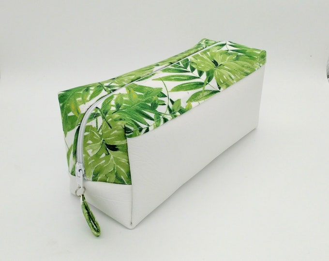 Tropical makeup bag, Monstera makeup bag, Tropical cosmetic bag, Monstera cosmetic bag, Tropical travel bag, Palm makeup bag