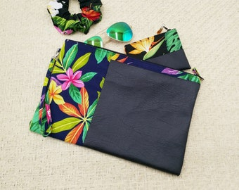 Large tropical clutch Navy with colourful leaves.