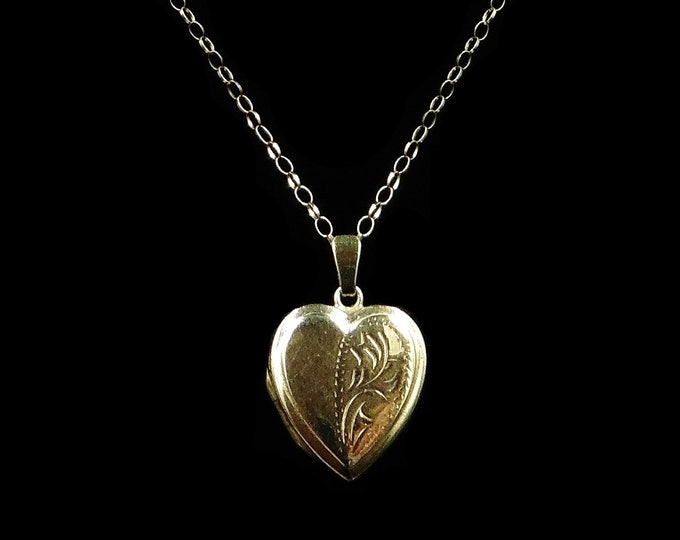 Antique Engraved Heart Locket Pendant and 9ct Yellow Gold Chain Necklace | Circa.1910