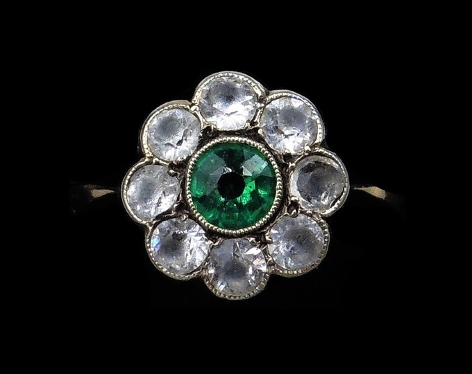 Antique Green Paste Halo Cluster Daisy 9ct 9K Yellow Gold Ring | Circa.1900