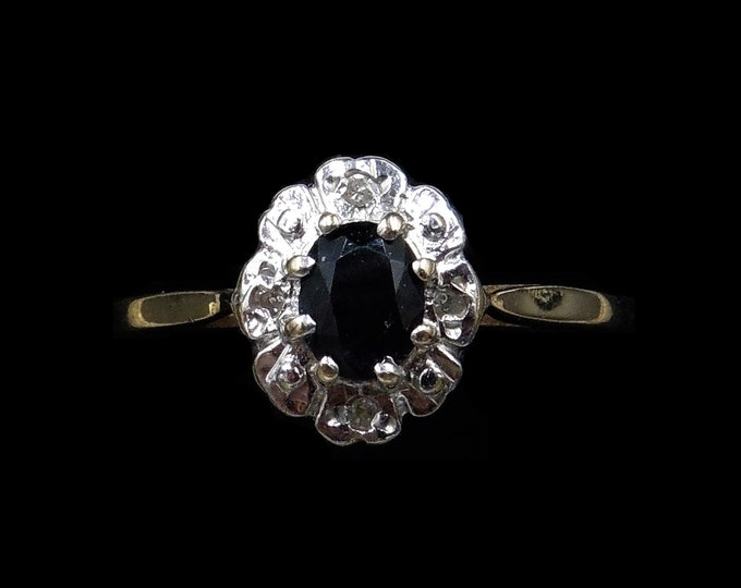 Vintage Blue Sapphire and Diamond Oval Cluster Halo 9ct 9K Yellow Gold Ring | London 1989