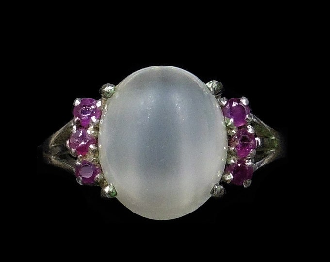 Vintage Moonstone and Ruby Round Silver Dress Ring | Art Deco