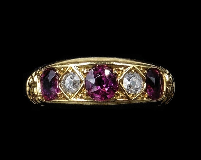 Antique Ruby and Diamond 18ct 18K Yellow Gold Five Stone Boat Ring   Hallmarked Chester 1904   Edwardian