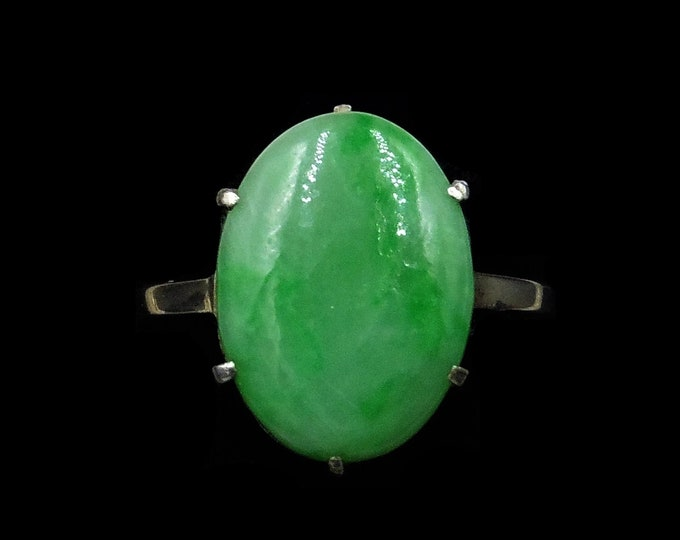Art Deco Oval Jade Jadeite 18ct 18K White Gold Ring | Antique Circa.1920