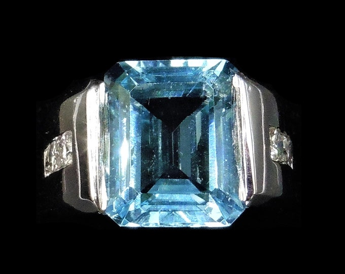 Certified Natural Blue Topaz and Diamond 14K White Gold Statement Cocktail Ring   Vintage Retro Circa.1960