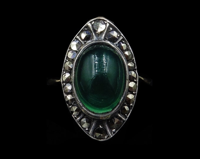 Art Deco Green Chalcedony and Marcasite Statement 9ct 9k Yellow Gold and Silver Ring | Circa.1920