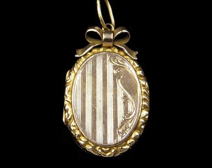 Antique Edwardian Bow 9ct 9K Yellow Gold Oval Striped Fancy Locket Pendant | Circa.1900