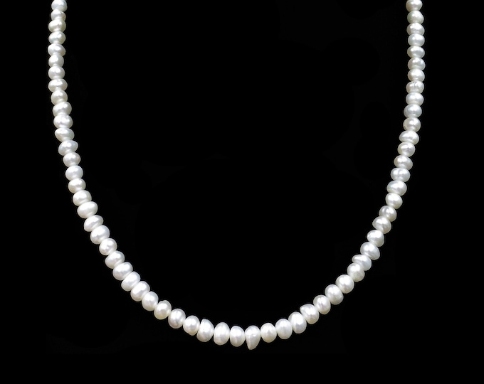 Certified Vintage Pearl Beaded Necklace with Certificate of Authenticity | 18""