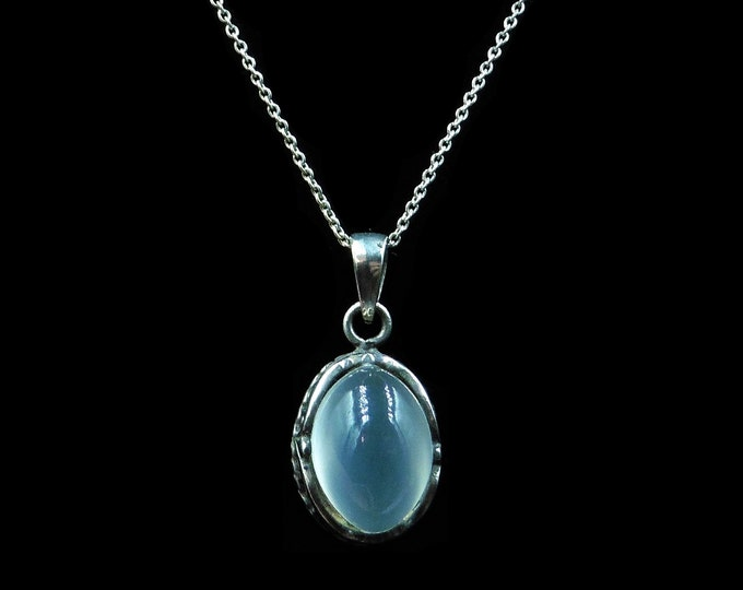 Vintage Cabochon Moonstone Sterling Silver Pendant and Chain Necklace | 16""