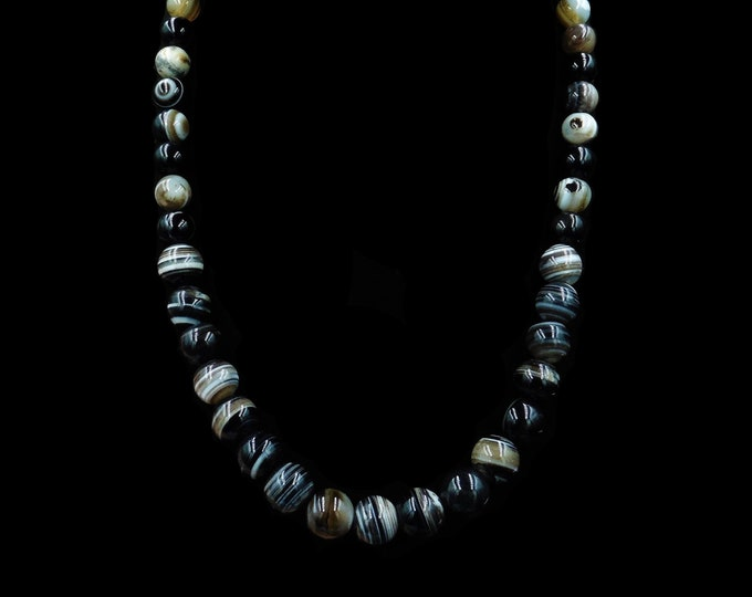 Antique Victorian Banded Bullseye Agate Beaded Necklace with Silver Fastening | 20""