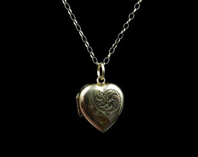 Antique Victorian Engraved Puffy Heart Locket Pendant and 9ct Gold Chain Necklace   Circa.1890