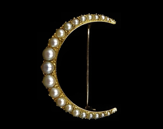 Antique Victorian Large Pearl Crescent Moon 15ct 15K Yellow Gold Brooch Pin   Circa. 1890