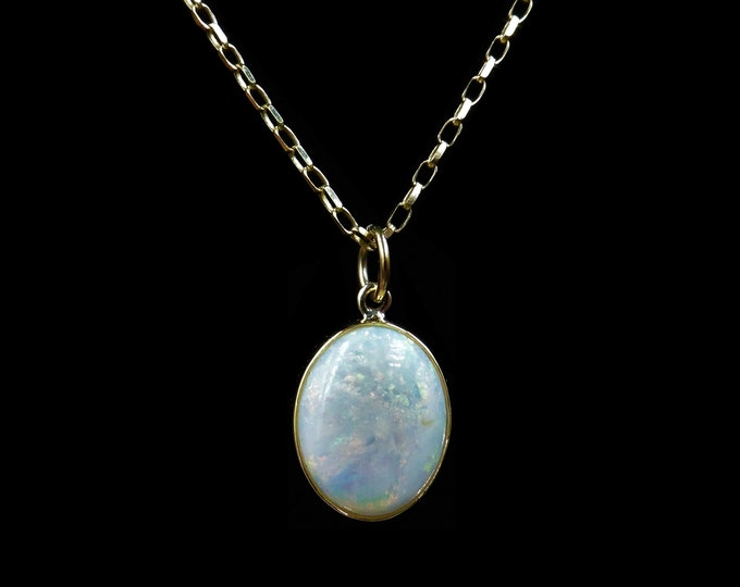 Vintage Natural Opal Oval 9ct 9K Gold Drop Pendant and Chain Necklace | 8.0ct Opal