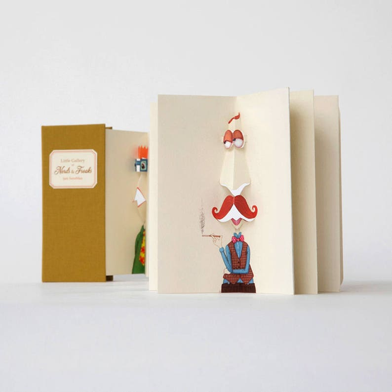 Pop-up book 'Little Gallery of Nerds & Freaks' image 0