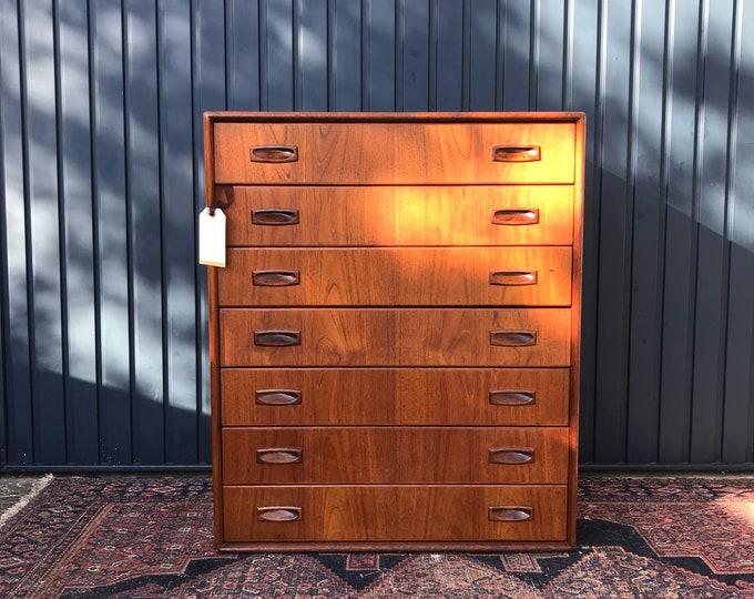 Stunning Mid Century Teak Chest of Drawers