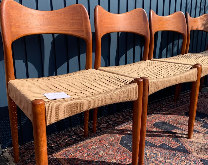 4 Mid-Century Danish Dining Chairs - Outstanding Design