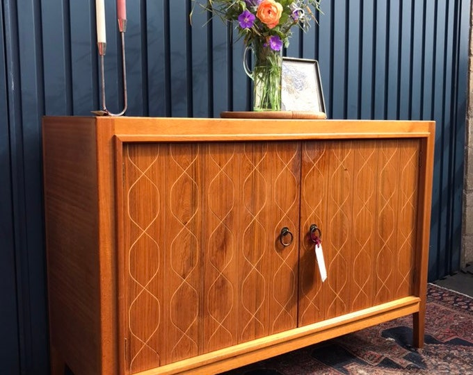 Mid Century Sideboard - THE ICONIC HELIX