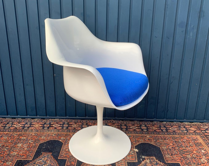Mid-Century Office Chair - Tulip Armchair