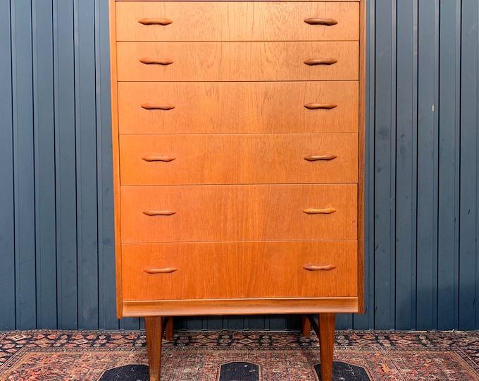 Mid-Century Chest of Drawers - Danish Modern