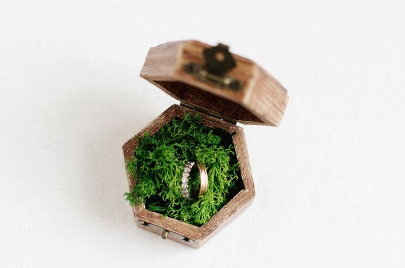 Geometric Ring Bearer Box With Moss Vintage White Flowers Ring Box Boho Ring Holder Rustic Ring Box Ring Bearer Box Wedding Ring Box
