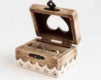 Rustic Ring Box, Wedding Ring Box, Ring Holder, Ring Bearer Box, Engagement Box, Heart Box, Pillow Alternative, Box with Burlap, Wedding Box