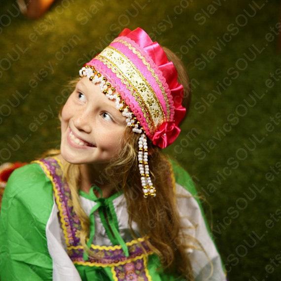 Russische Traditionelle Kokoshnik Ladushka Kopfschmuck Fur Etsy