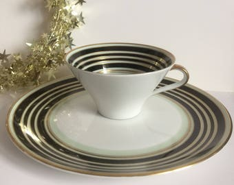 Vintage German 1940s Weimar Fine Porcelain 2 Pieces espresso/ coffee  tea cup & bread and butter/dessert plate.