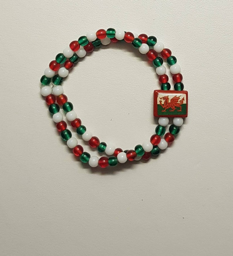 available in Black /& Red or Welsh Flag Colours Gorgeous Beaded Bracelet with Welsh Flag Charm