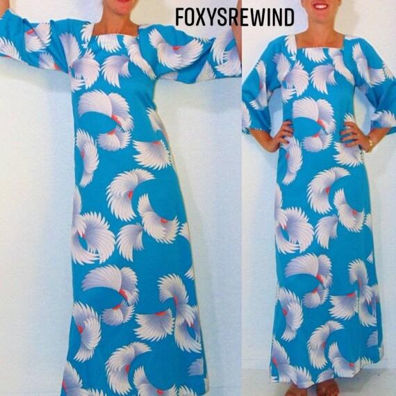 Vintage Hawaiian dress blue long Tori Richard feat