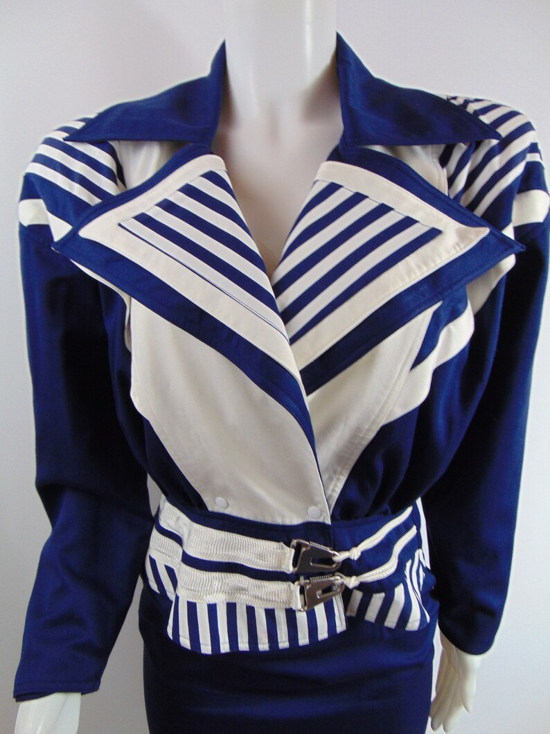 Vintage nautical suit skirt Navy stripe big collar cropped jacket Cache sailor Navy rayon shoulder pads size 6