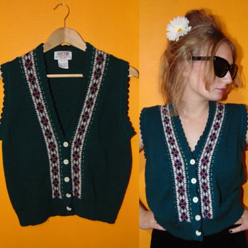 Vintage 1970s 80s green sweater 100/% wool knit sweater vest top mod hipster boho