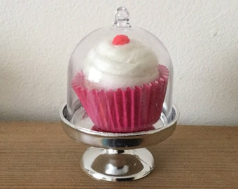 Hand felted mini cupcake with cake stand