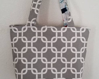 Large Tote With Red Lining