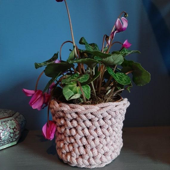 Medium 12cm tall 12cm wide basket. Rope basket. Crochet rope basket. Recycled rope. Handmade. Cotton