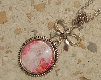 Necklace design romantic Paris collection