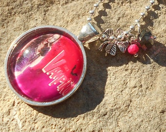 Chica vampiro collection necklace