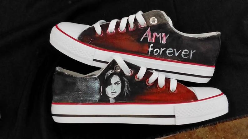 b32c5d63f7d5d5 Customised shoes Amy Winehouse trainers converse style hand