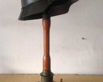 Stick grenade table gun lamp
