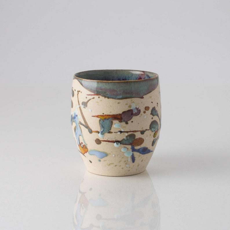 Small abstract stoneware pot Vasetto in gres con decori astratti