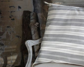 Sets of 2 cushion covers 50 x 50 cm - ticking Collection