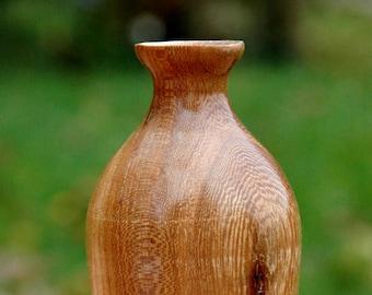 Elm wood vase