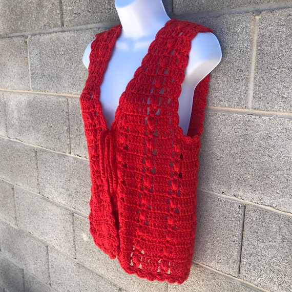 Vintage 70s Tomato Red Crochet Tie Front Festival… - image 6