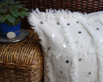Beldi Moroccan Berber woolen and cotton with sequins pillow cover